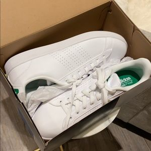 Adidas Stan Smith tennis shoe
